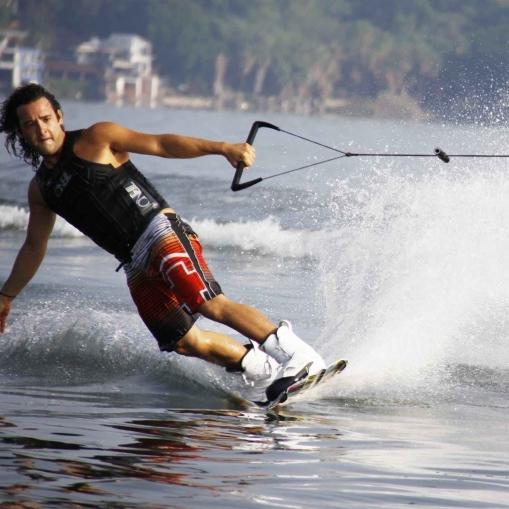 skijanje-na-vodi-e1522509041853.jpeg